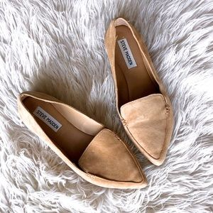 Steve Madden flat in color Camel